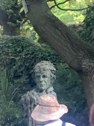 Buste Elie Wiesel-Square du 3e arrondissement